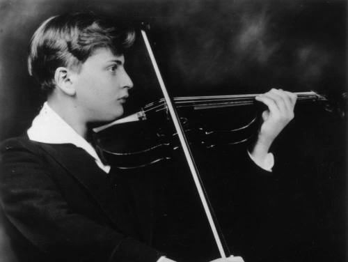 1928: American born British violinist and child prodigy, Yehudi Menuhin (1916 - 1999). (Photo by Harold Holt/Hulton Archive/Getty Images)